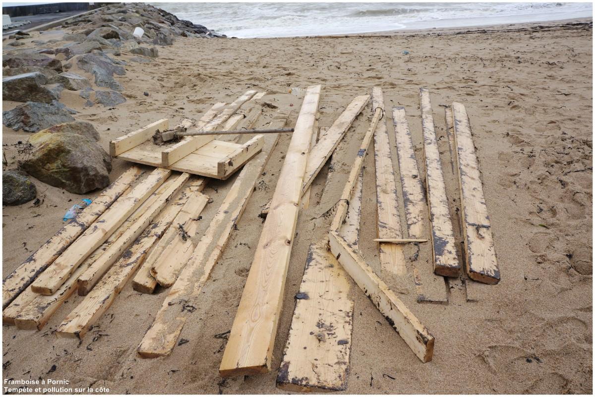 Pollution des plages suite aux tempêtes 2014