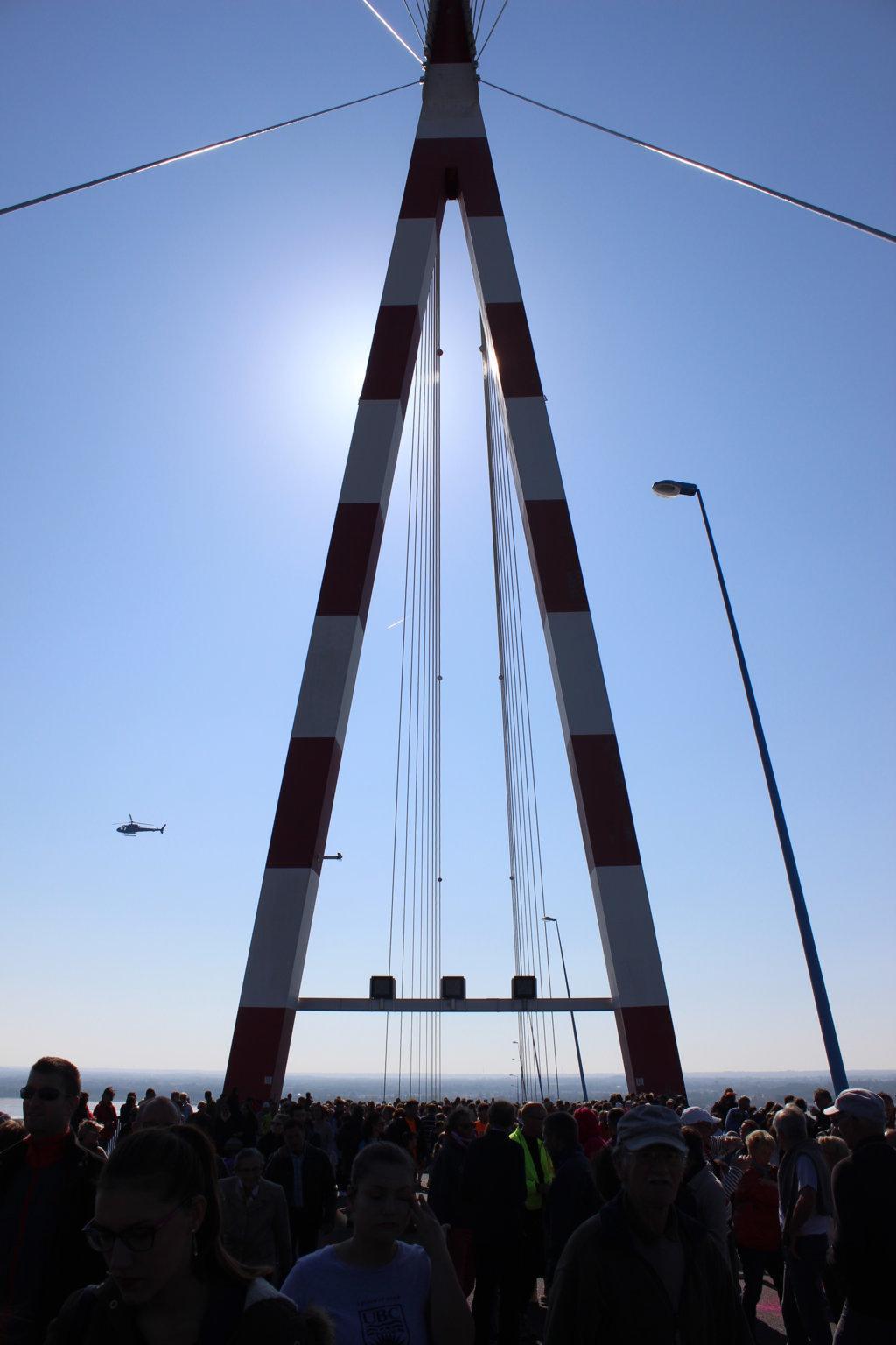 Tous sur le Pont de Saint Nazaire