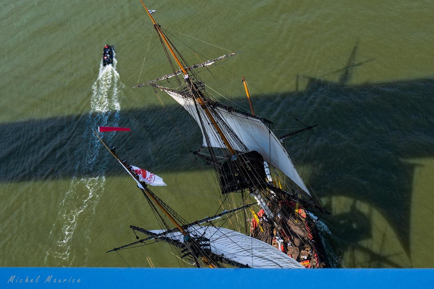 Débord de Loire avec L'Hermione et le Belem